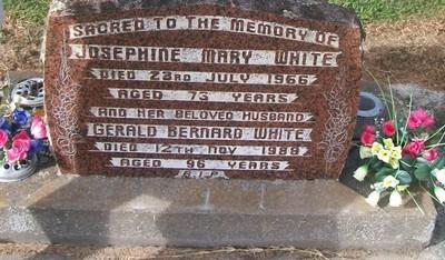 Picture of Taruheru cemetery, block 26, plot 385.