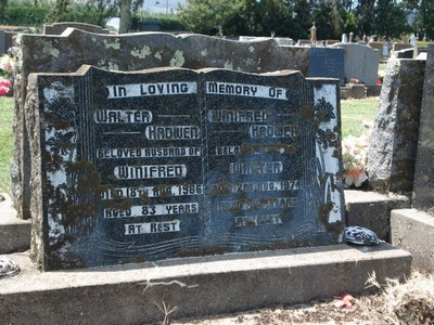 Picture of Taruheru cemetery, block 26, plot 429.