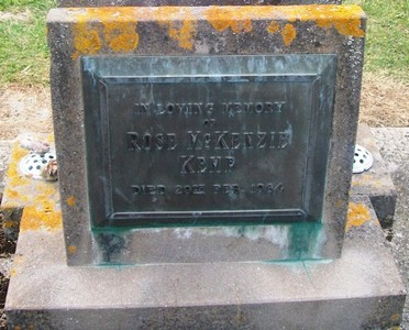 Picture of Taruheru cemetery, block 26, plot 47.