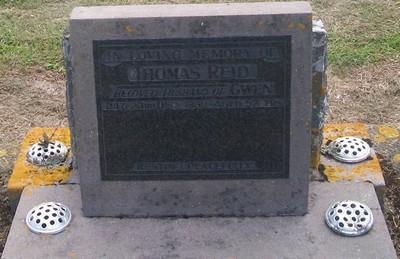 Picture of Taruheru cemetery, block 27, plot 153.