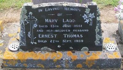 Picture of Taruheru cemetery, block 27, plot 226.