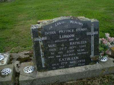 Picture of Taruheru cemetery, block 27, plot 292.