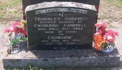 Picture of Taruheru cemetery, block 27, plot 422.