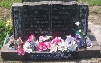 Picture of Taruheru cemetery, block 27, plot 479.
