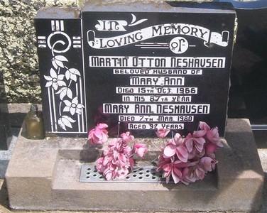 Picture of Taruheru cemetery, block 27, plot 524.
