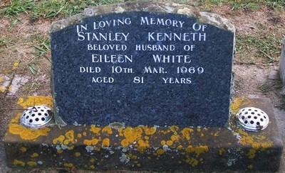 Picture of Taruheru cemetery, block 28, plot 312.