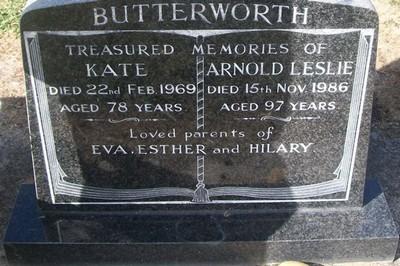 Picture of Taruheru cemetery, block 28, plot 37.