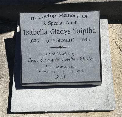 Picture of Taruheru cemetery, block 28, plot 40.