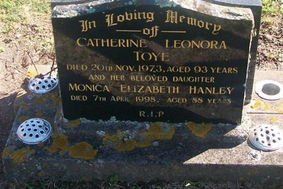 Picture of Taruheru cemetery, block 29, plot 494.