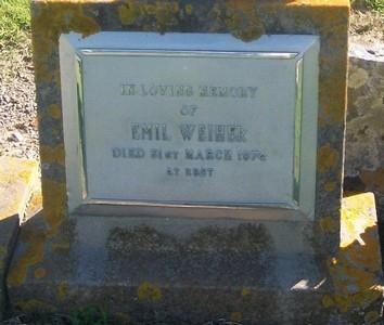 Picture of Taruheru cemetery, block 29, plot 561.
