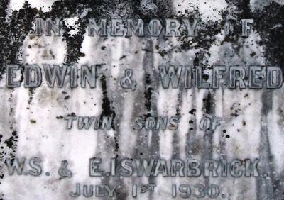 Picture of Taruheru cemetery, block 2, plot 21.