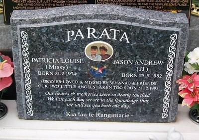Picture of Taruheru cemetery, block 35, plot 304.