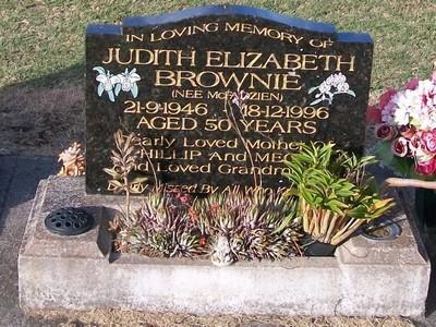 Picture of Taruheru cemetery, block 37, plot 123.