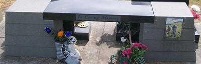 Picture of Taruheru cemetery, block 39, plot 284.