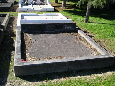 Picture of Taruheru cemetery, block 3, plot 61.