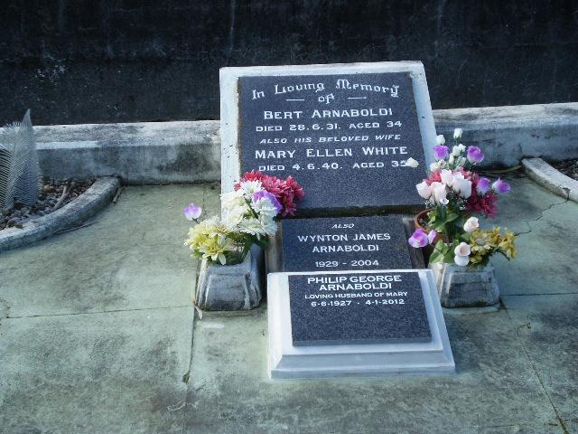 Picture of Taruheru cemetery, block 3, plot 65.