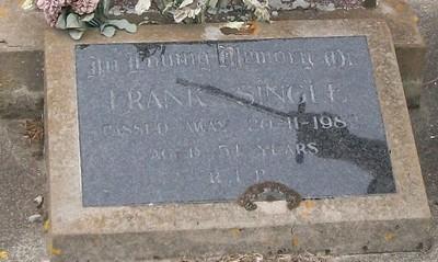 Picture of Taruheru cemetery, block 40, plot 225.