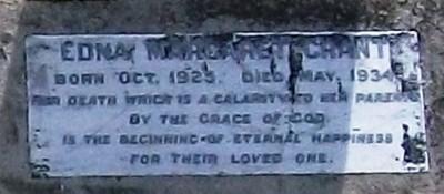 Picture of Taruheru cemetery, block 6, plot 110.