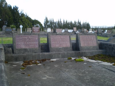 Picture of Taruheru cemetery, block 7, plot 127.