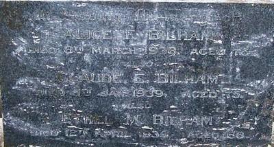 Picture of Taruheru cemetery, block 7, plot 141.
