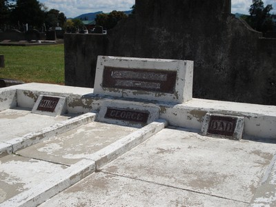 Picture of Taruheru cemetery, block 7, plot 16.