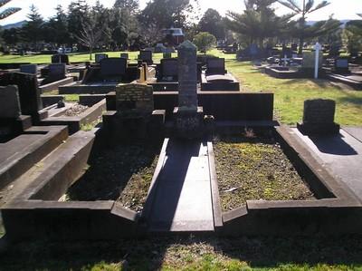 Picture of Taruheru cemetery, block 9, plot 88.