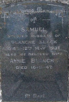 Picture of Taruheru cemetery, block 9, plot 90.