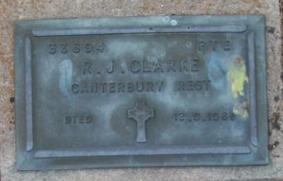 Picture of Taruheru cemetery, block RSA, plot 354.