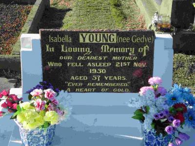 Picture of Taruheru cemetery, block R, plot 107.