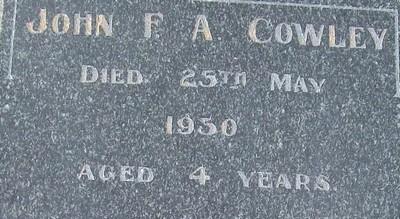 Picture of Taruheru cemetery, block R, plot 70A.