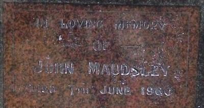 Picture of Taruheru cemetery, block SEC1, plot 128A.
