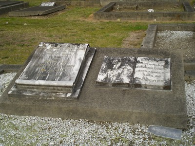 Picture of Taruheru cemetery, block SEC1, plot 209.