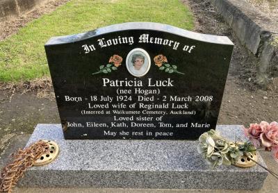 Picture of Taruheru cemetery, block SEC1, plot 71.