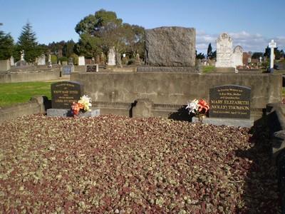 Picture of Taruheru cemetery, block SEC2, plot 589.
