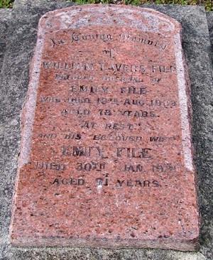 Picture of Taruheru cemetery, block SEC2, plot 626.