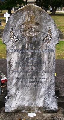 Picture of Taruheru cemetery, block SEC2, plot 692.