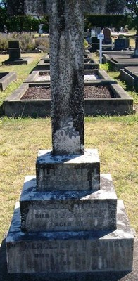 Picture of Taruheru cemetery, block SEC2, plot 881.