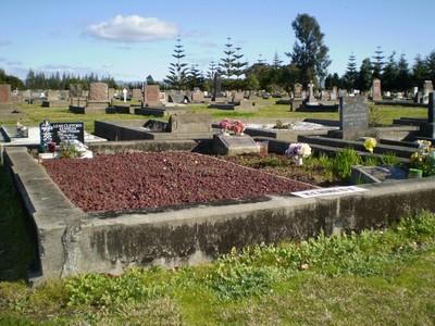 Picture of Taruheru cemetery, block SEC3, plot 1099.