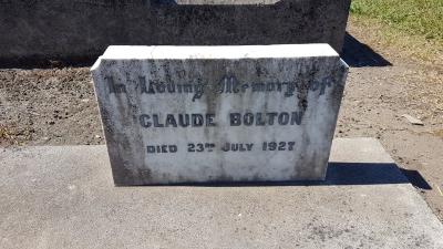 Picture of Taruheru cemetery, block SEC3, plot 1118.