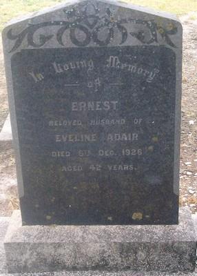 Picture of Taruheru cemetery, block SEC3, plot 1123.