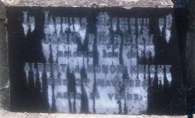 Picture of Taruheru cemetery, block SEC3, plot 926.