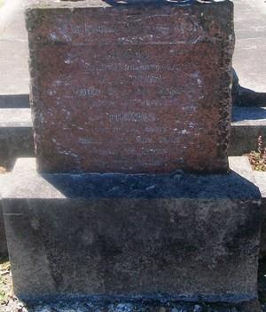 Picture of Taruheru cemetery, block SEC3, plot 968.