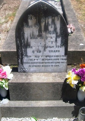 Picture of Taruheru cemetery, block SEC3, plot 992.