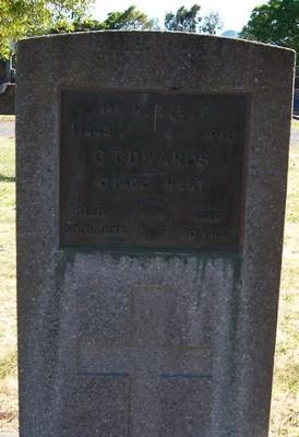 Picture of Taruheru cemetery, block S, plot 107.