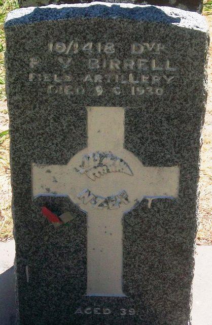 Picture of Taruheru cemetery, block S, plot 42.