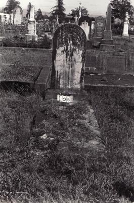 Historic picture of Makaraka cemetery, block MKAFS, plot 104A.