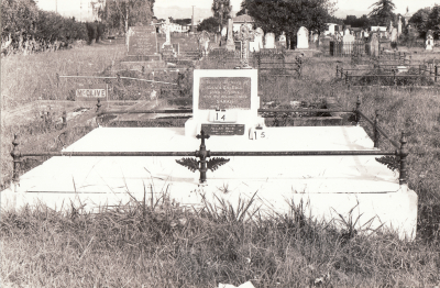 Historic picture of Makaraka cemetery, block MKA, plot 14.