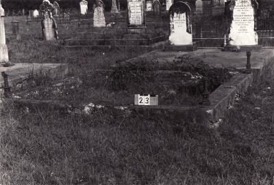 Historic picture of Makaraka cemetery, block MKA, plot 23.