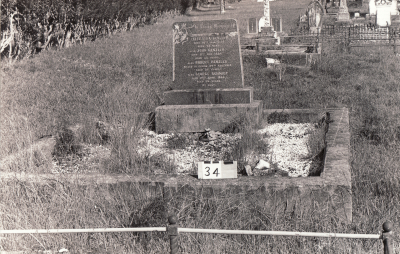 Historic picture of Makaraka cemetery, block MKA, plot 34.
