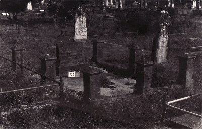 Historic picture of Makaraka cemetery, block MKA, plot 37.